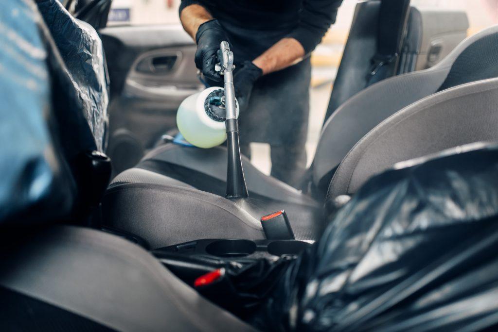 Limpieza de ozono coche