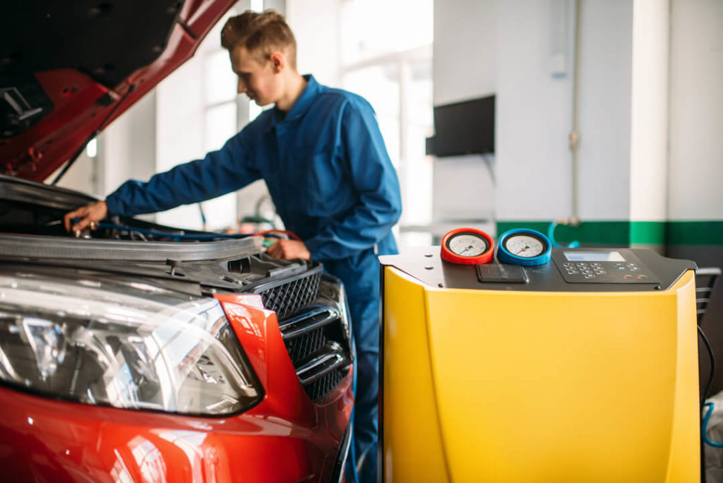 lavando el coche para la itv